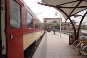 Podróż pociągiem w Maroku