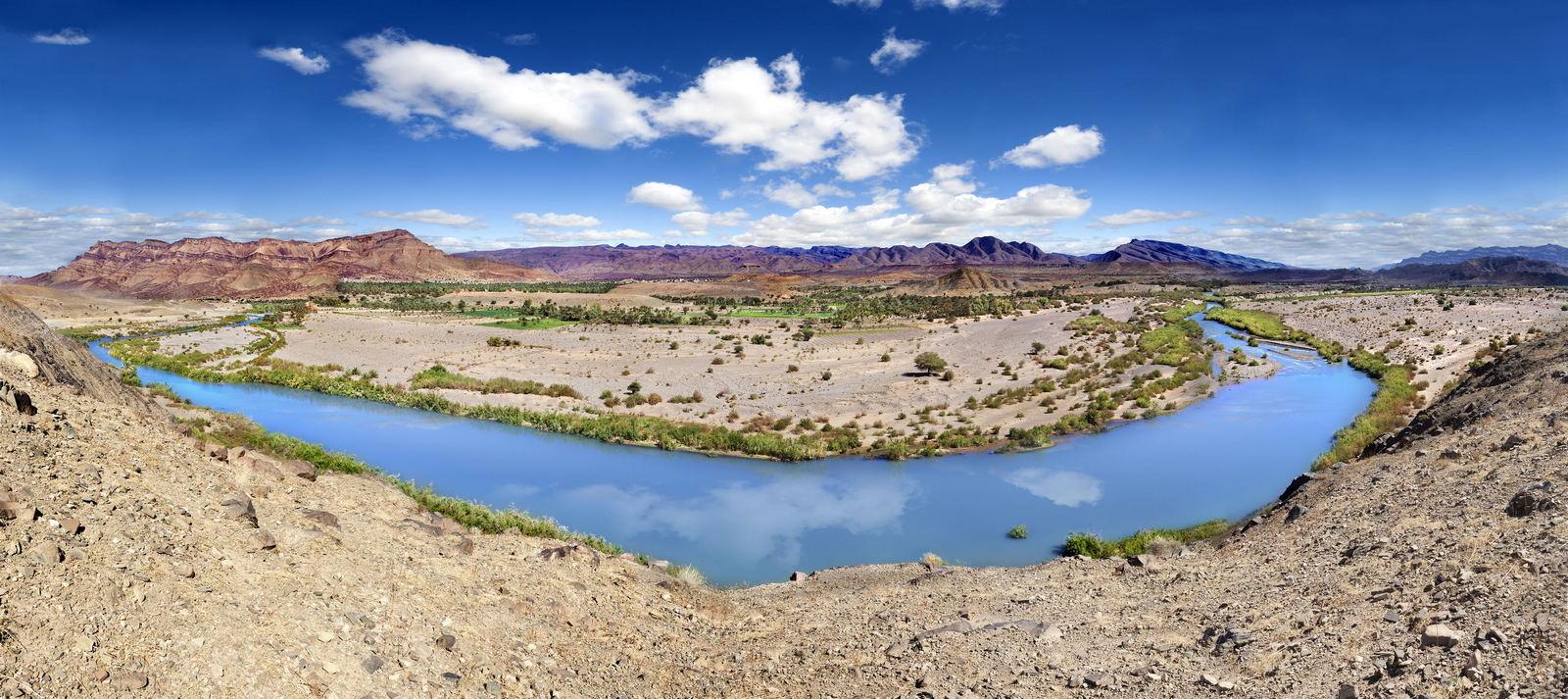 Panorama doliny Draa, Maroko